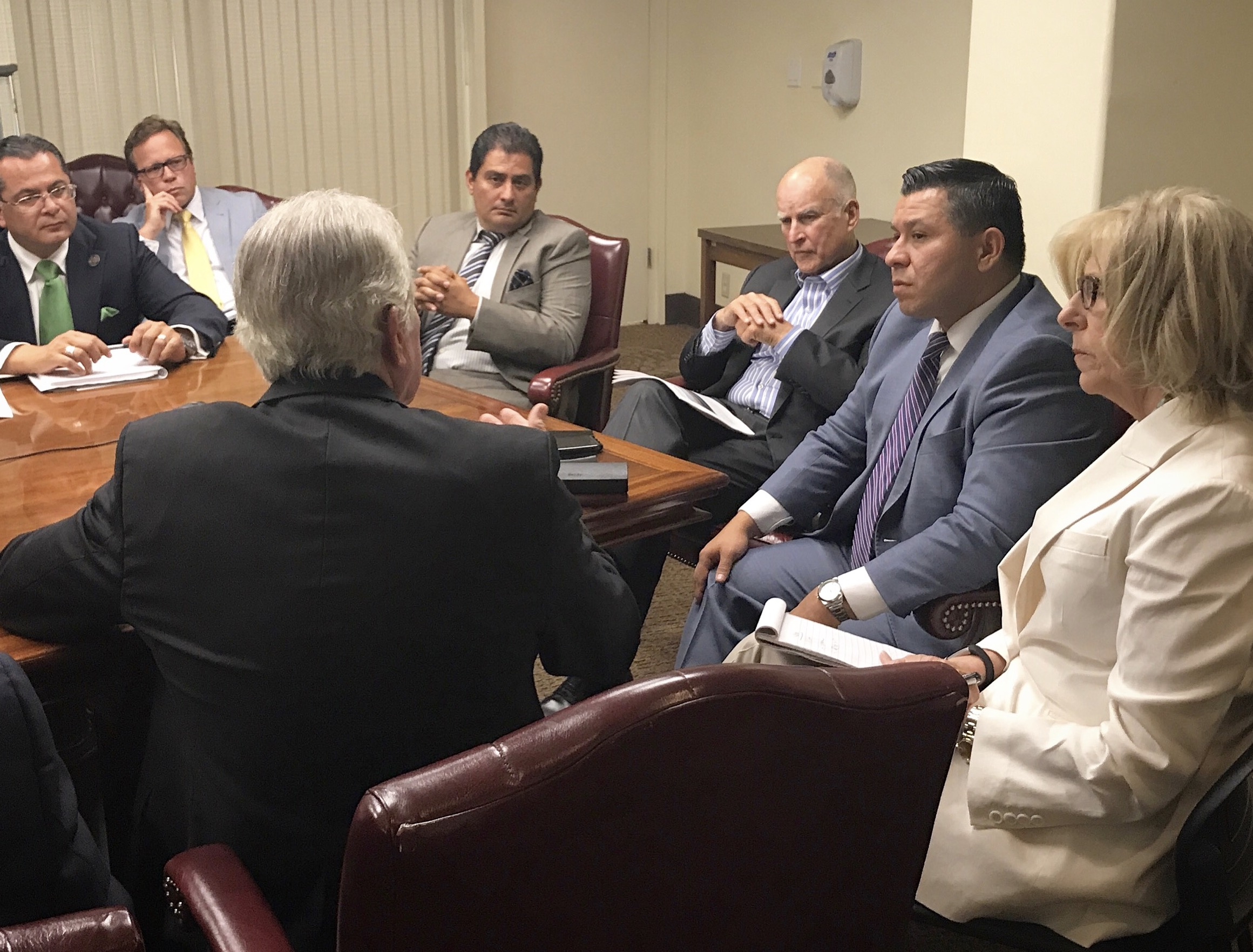 Assemblymember Eduardo Garcia Brings Salton Sea Authority To Chairman Director Chair Dc 355 Governor Official Website Representing The 56th California
