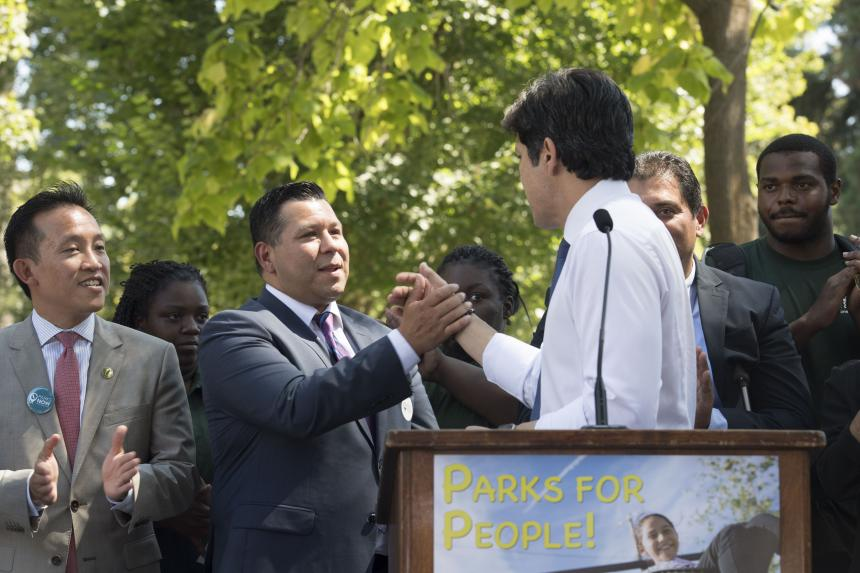 Assemblymember Eduardo Garcia and Senate pro Temp de Leon at SB 5 park bond rally
